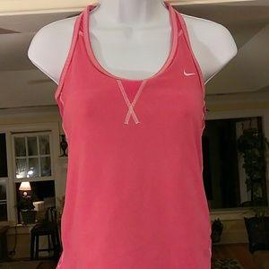 Nike Tops - Nike ladies pink top